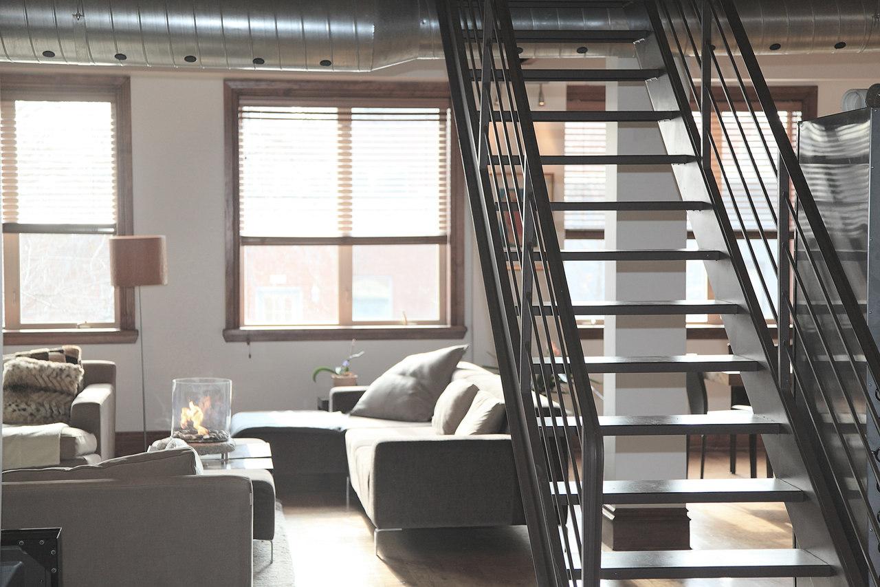 Podarować mieszkanie – ile dla notariusza, ile dla fiskusa?  | Biuro Nieruchomości Warszawa
